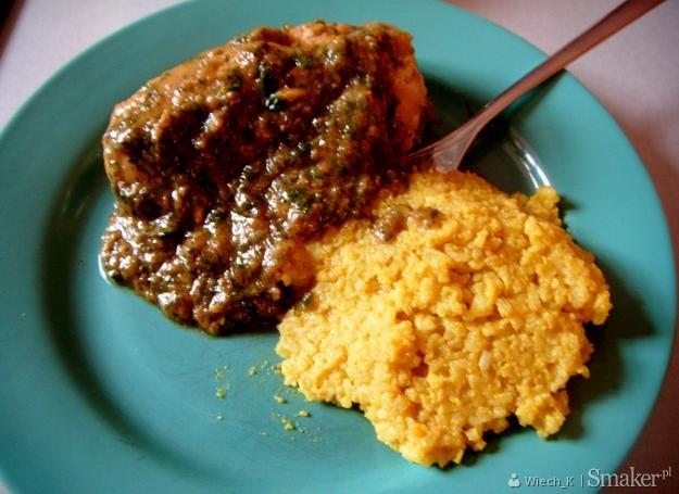 Roladki wieprzowe z kalarepą w sosie z cukinii. Kliknij!