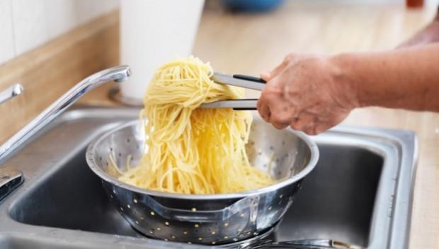 Jakie błędy najczęściej popełniamy w kuchni? Kliknij!