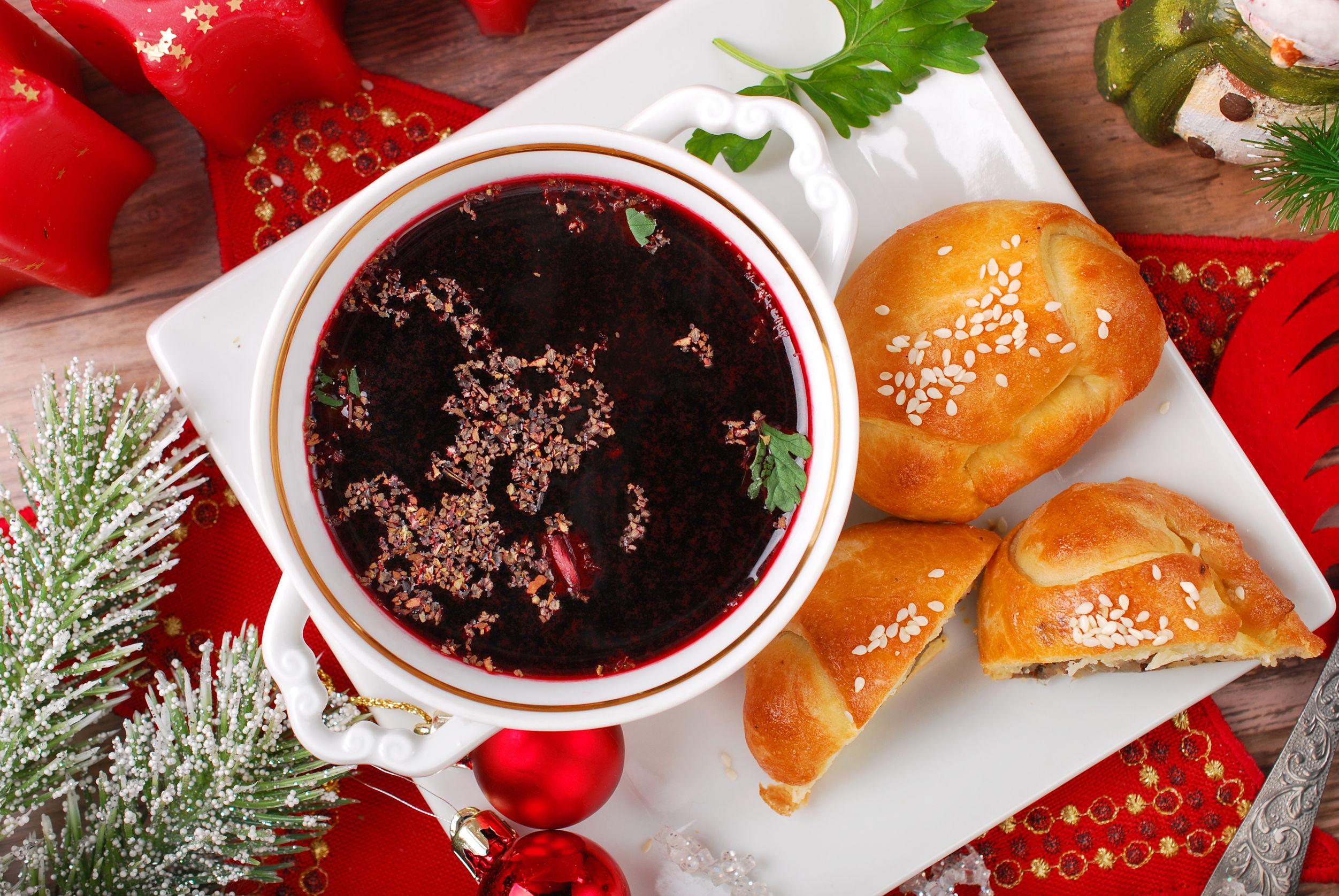 Sprawdzone przepisy na świąteczne zupy. Kliknij!