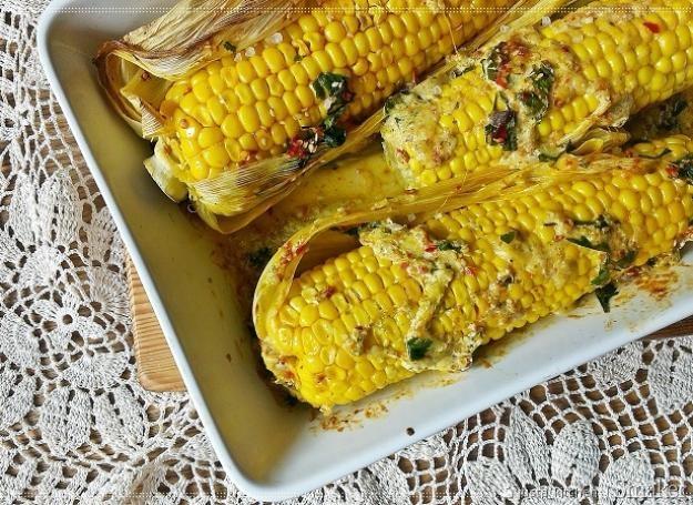Pieczone kolby kukurydzy. Kliknij!