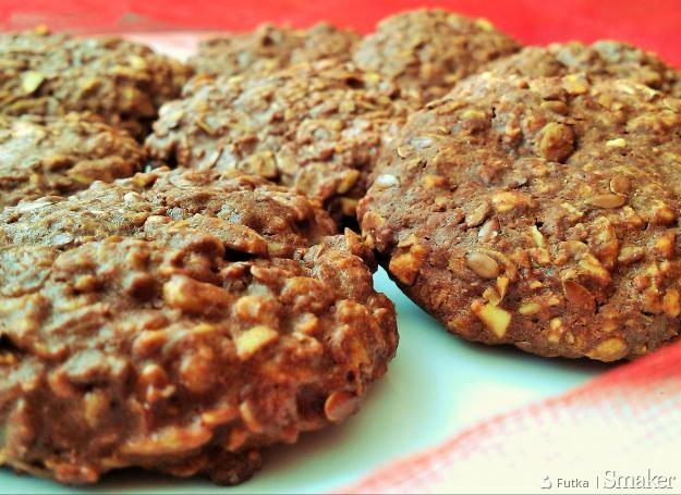 Czekoladowe ciasteczka pełnoziarniste