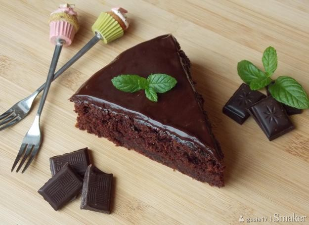 Czekoladowe ciasto z cukinią. Kliknij!