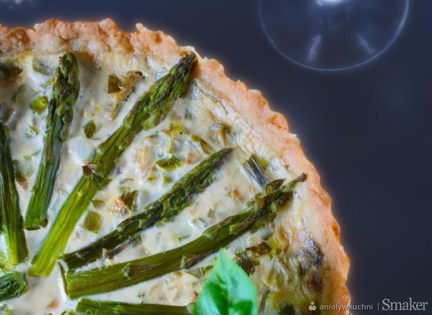 Quiche z zielonymi szparagami