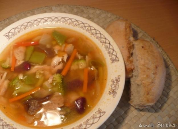 Pikantna Zupa Chinska Z Kurczakiem