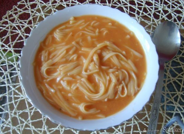 Zupa Pomidorowa A La Spagethi Przepis Ze Smaker Pl