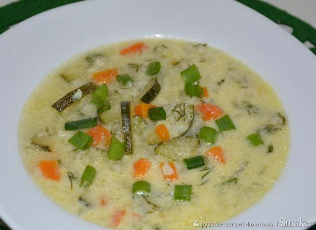 Bulgarska Zupa Z Cukinii Przepisy Jak Zrobic Smaker Pl