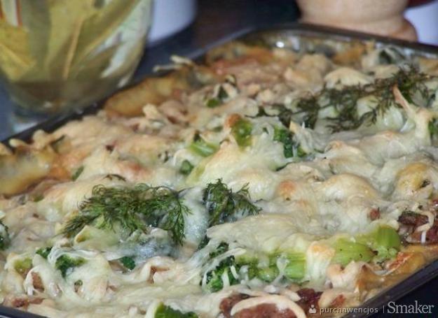Zapiekanka z surowych ziemniaków i mielonego mięsa