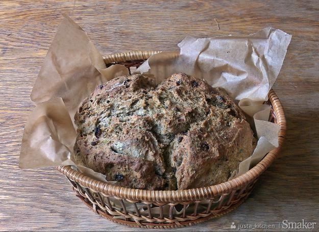 chleb majerankowy