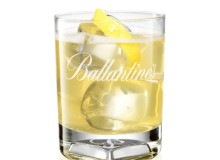 Ballantines whisky sour