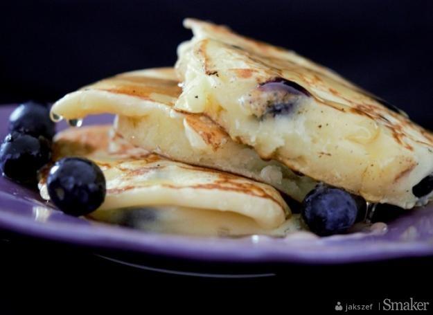 Pancake'i Gordona z ricottą, borówkami i miodem