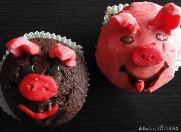 d980b8d9394c36 cukrowe figurki świnki: Przepisy, jak zrobić - Smaker.pl