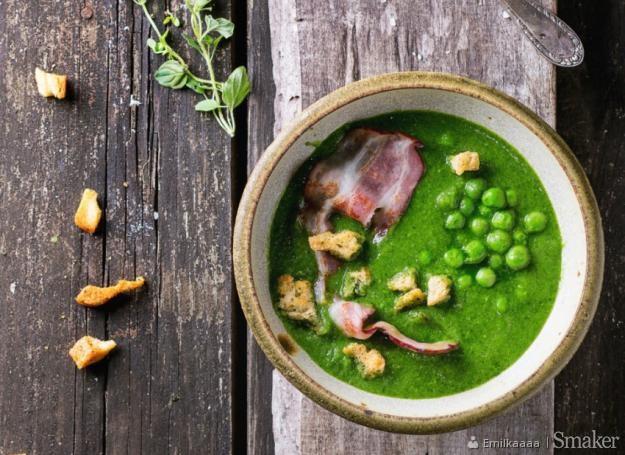 Krem z zielonego groszku z bekonem grzankami