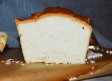 Anielska babka (Angel Food Cake)