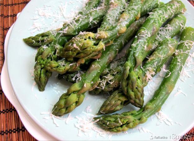 Zielone Szparagi Gotowanie Gessler Przepisy Jak Zrobic Smaker Pl
