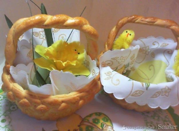 Piękna Ozdoba Stołu Wielkanocnego