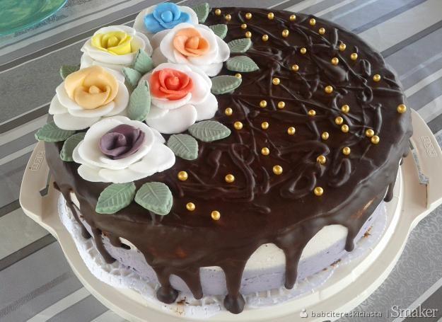 c5ad341013fa53 figurki z masy na tort: Przepisy, jak zrobić - Smaker.pl