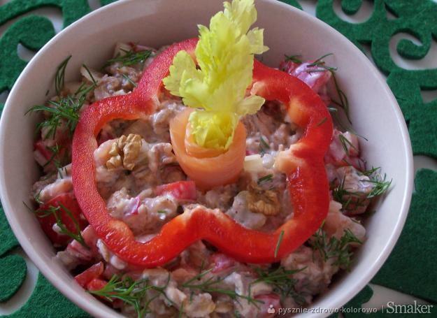 Wytrawna owsianka z łososiem i warzywami