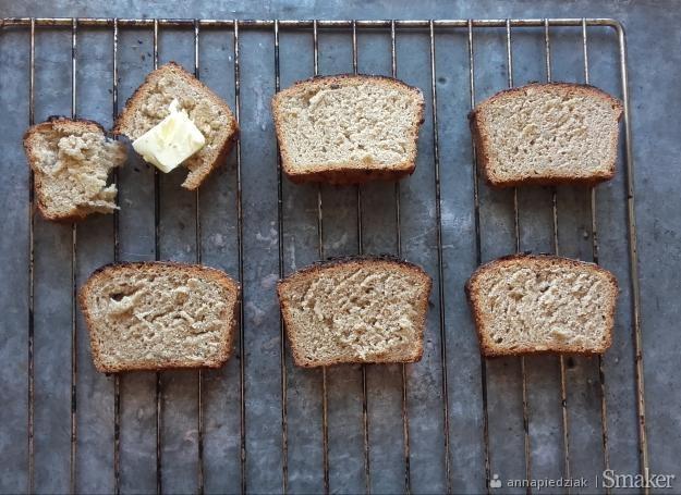 Pełnoziarnisty chleb ze słonecznikiem