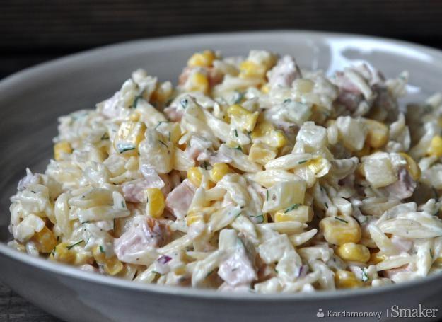 Salatka Z Makaronem Ananasem I Wedzonym Kurczakiem Przepis Ze