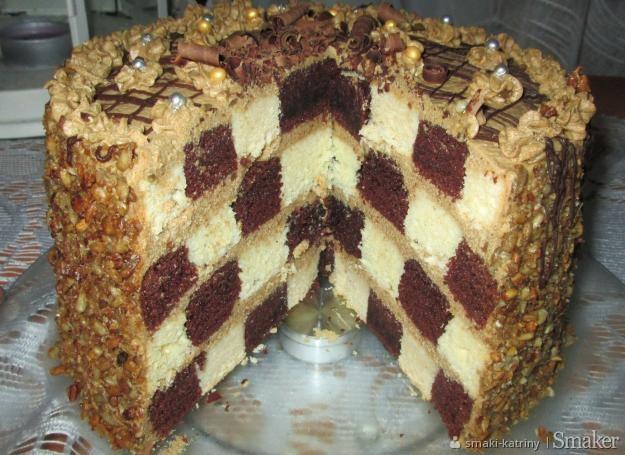 Tort kawowy szachownica z prażonym słonecznikiem