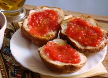 Pan con tomate - hiszpańskie tosty