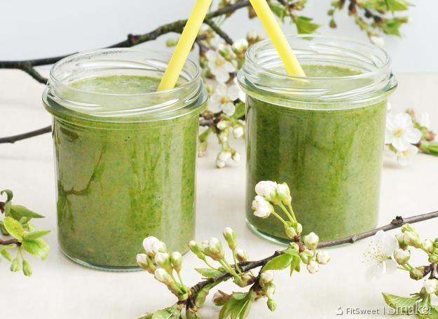 zielony jęczmień podczas karmienia piersią