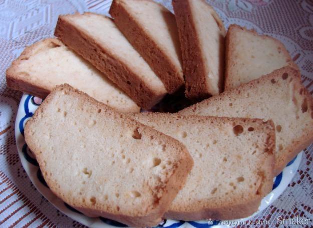 Chlebek z białek
