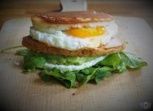 Keto Avocado  Egg McMuffin (Paleo, LowCarb)