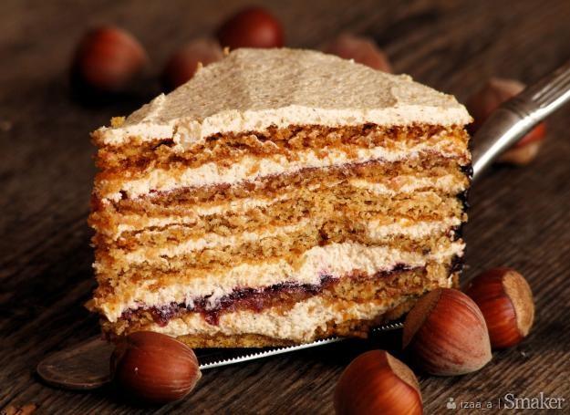 Rumuński tort orzechowy