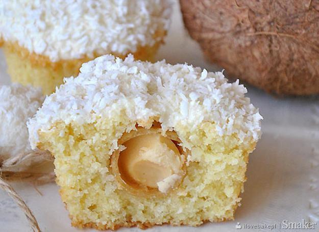 Kokosowe muffinki z Rafaello